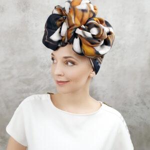 turban z chusty z apaszki
